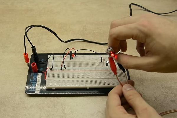 Гибридный сетевой видеорегистратор trassir quattrostation pro
